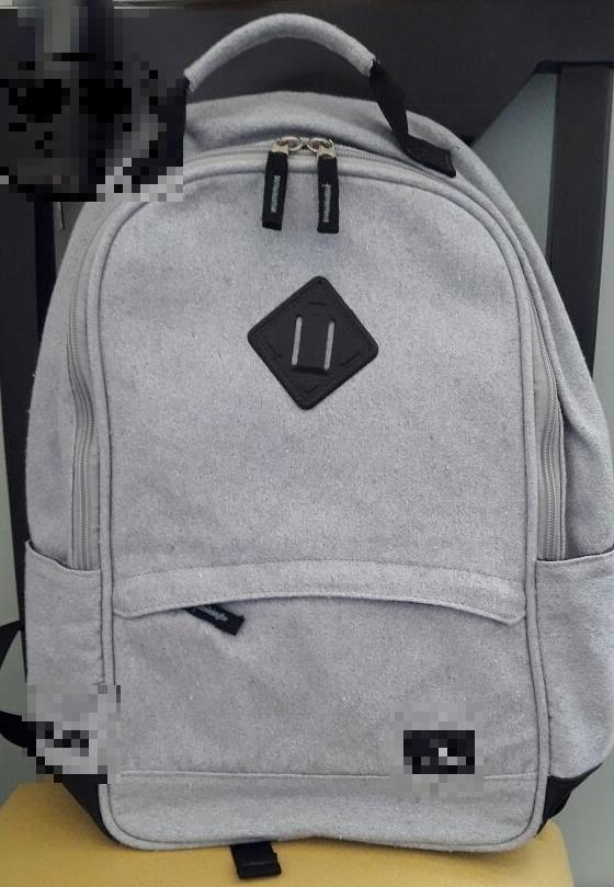 Lona para bolsas, mochilas e acessórios.